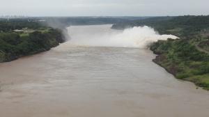 Itaipu Dam& Rio Paranà